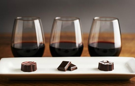t7 3 wines + chocolate