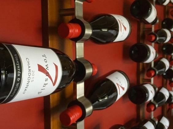 T7 wine wall - Langley